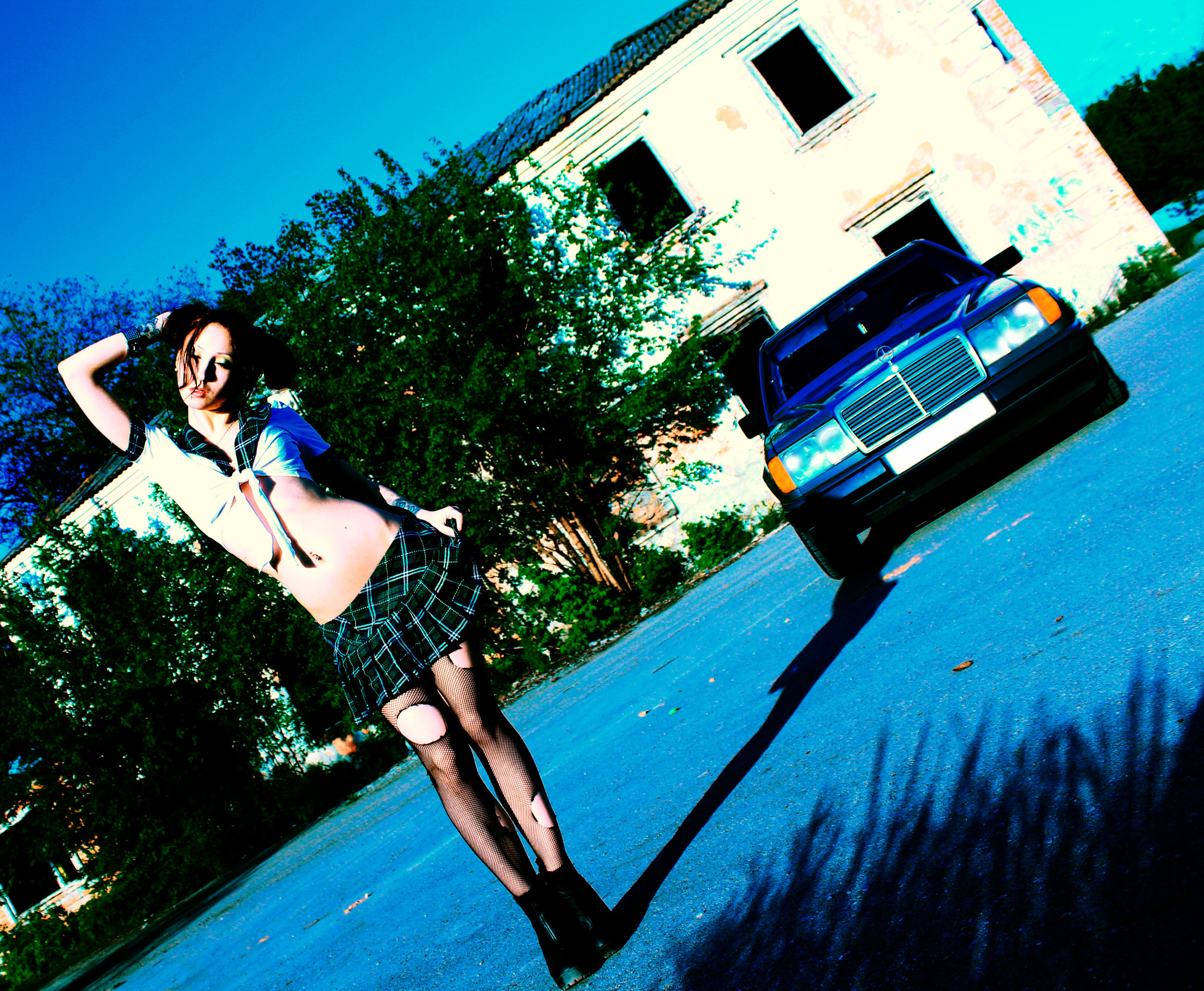 W124 фото с девушкой
